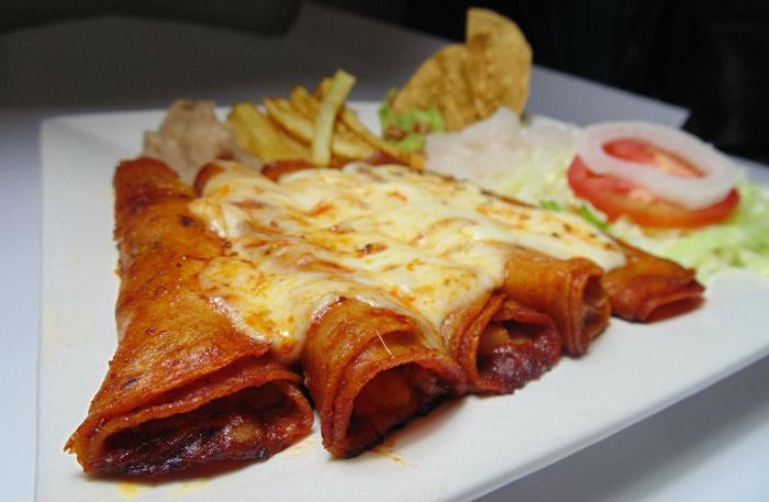 Resultado de imagen para enchiladas mexicanas