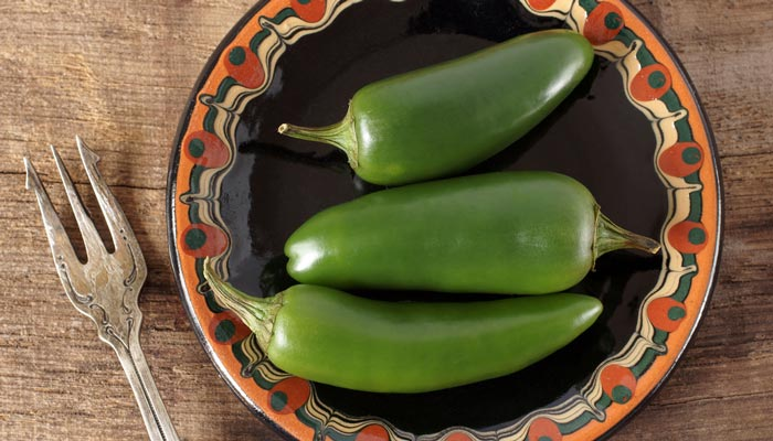 chiles jalapenos
