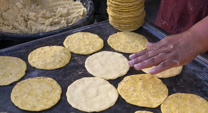 cocinar tortillas