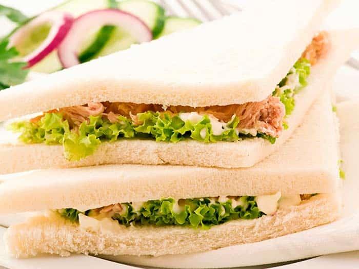 Sándwich Vegetal con atún y mayonesa