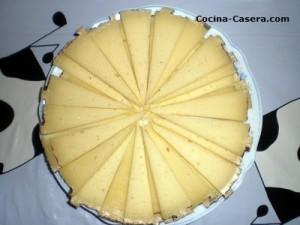 Presentaciones de tapas de embutido y quesos
