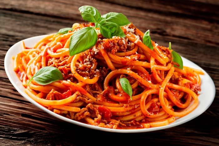 Resultado de imagen para Espaguetis a la boloñesa
