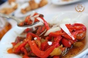 Ensalada de pimientos rojos