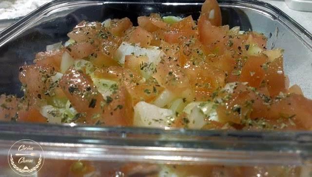Tartar de Verduras y atún al microondas