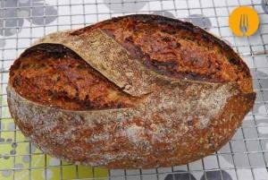 Pan semiintegral con semillas