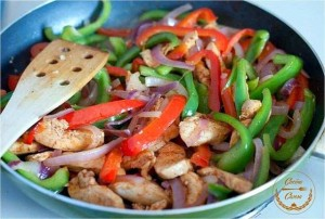 Pollo en salsa de soja con pimientos