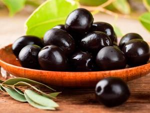 Conoce las propiedades de las aceitunas negras