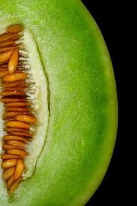 Irritación de la garganta al comer melón e hinchazón de labios