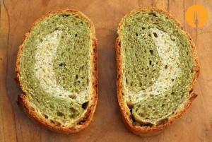 Pan de albahaca