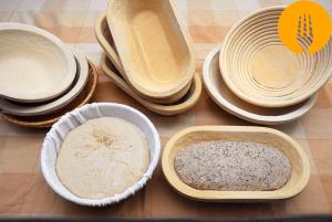 Banneton o cesto de fermentación para la masa de pan casero
