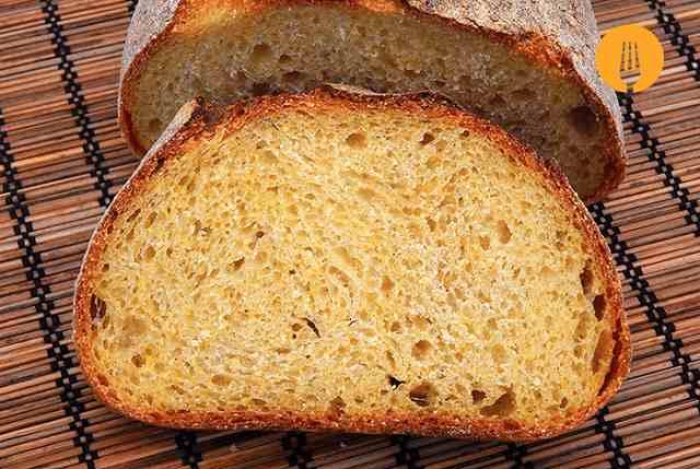 Pan de maíz y trigo con masa madre