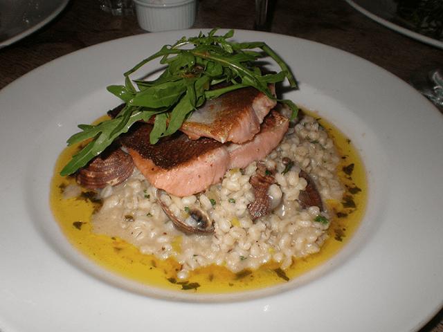 Risotto de salmón y langostinos
