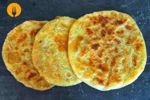 Aloo paratha (pan frito relleno)
