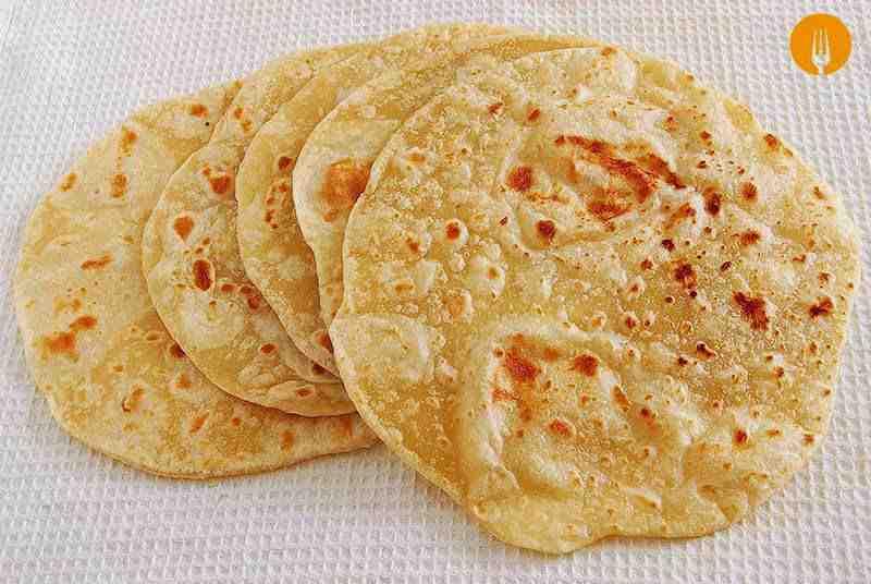 Tortillas de trigo para fajitas y burritos. Receta fácil