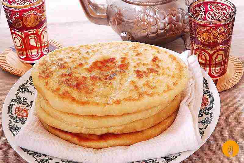 Pan Naan de harina de trigo. Receta fácil