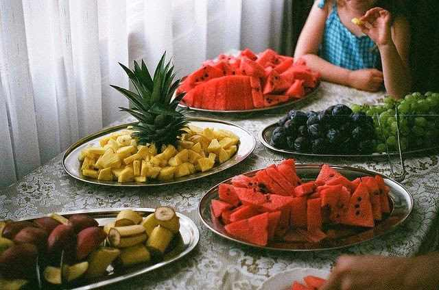 ¿Es bueno comer fruta después de las comidas?