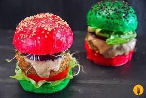 Mini hamburguesas con salsa de cinco pimientas
