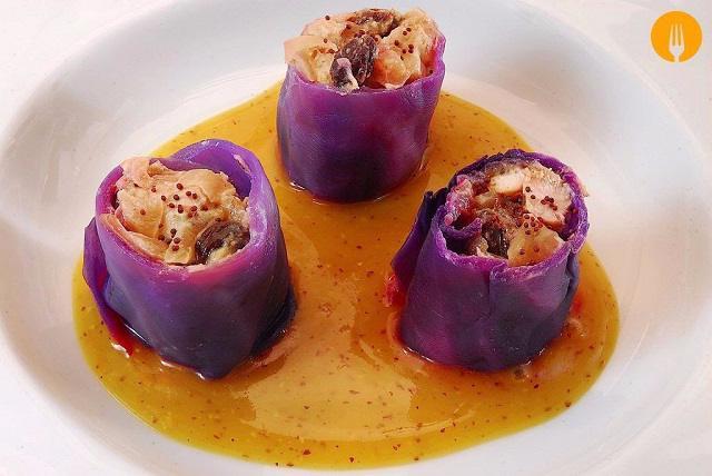 Rollitos de lombarda con salsa de mostaza con miel
