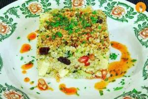 Ensalada fácil de quinoa y fruta