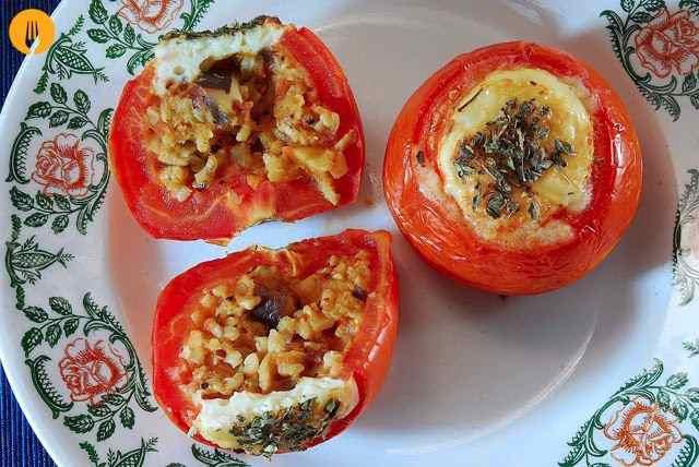 Tomates rellenos caseros