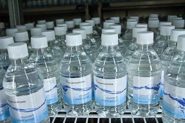 ¿Es perjudicial el consumo de aguas duras?