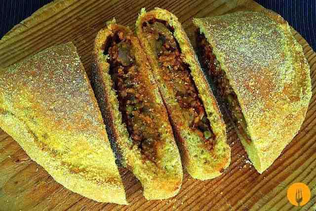Pizza calzone con carne picada recetas de cocina casera f ciles y sencillas cocina casera - Que cocinar con carne picada ...