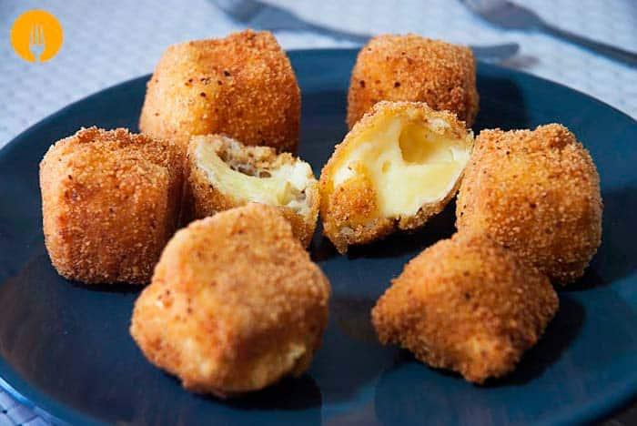 Bolas de Queso Fritas o Fried Cheeseballs
