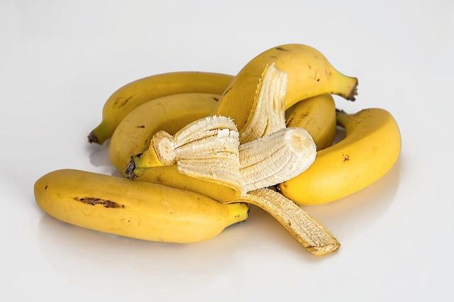 Cómo aprovechar la Piel de los Plátanos