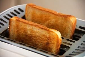 Las tostadas quemadas aceleran el envejecimiento