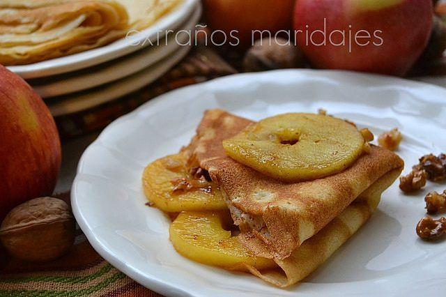 Crepes con manzana y nueces