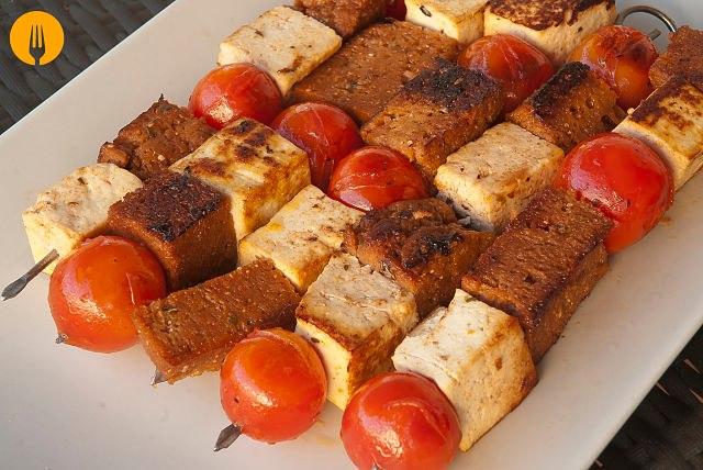 Brochetas de Seitán y Tofu Marinado