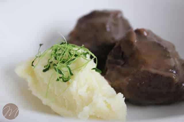 Carrilleras de ternera con puré de patata