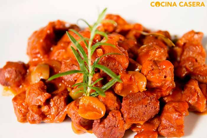 Soja Texturizada con tomate y aceitunas
