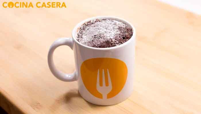 Cómo hacer Mug cake o Bizcocho a la Taza fácil y rápido