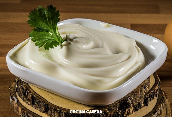 Homemade Mayonnaise Sauce - Mayonesa casera