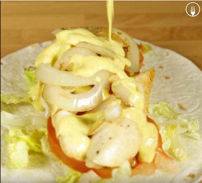 Wraps de Pollo con Salsa de Yogur