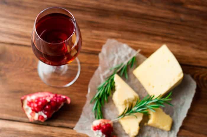 El Vino aumenta el Colesterol Bueno