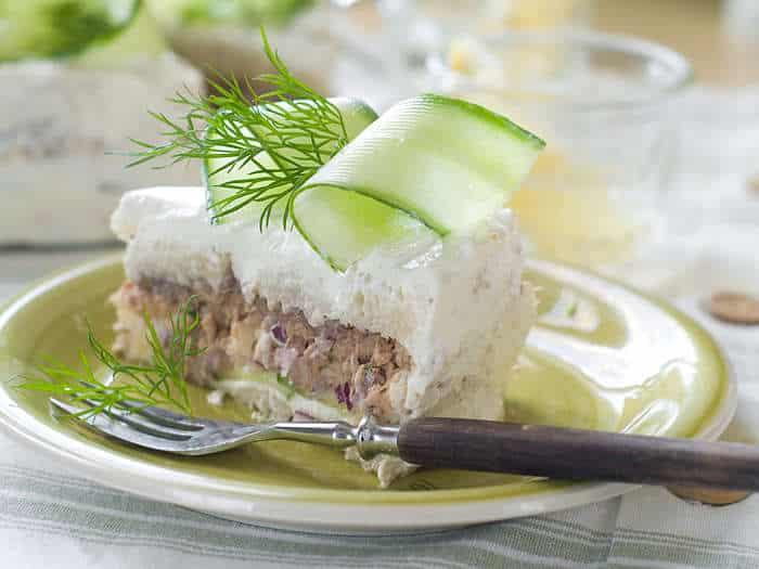 pastel frío de atún