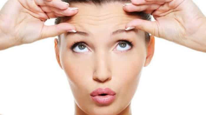 La operación cosmética del ojo