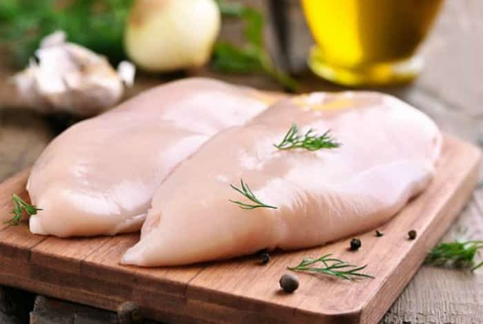 Pechugas pollo -Ensalada de pollo y aguacate