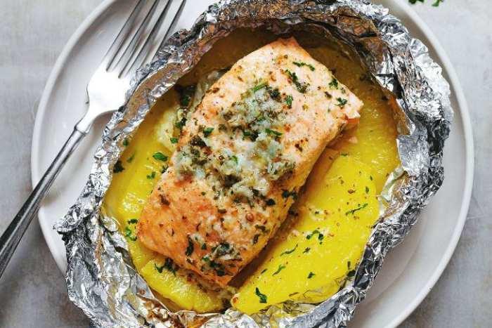 Salmón al horno con piña -Pescado al horno