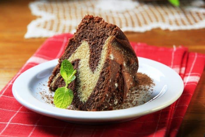 pastel marmoleado de vainilla y chocolate