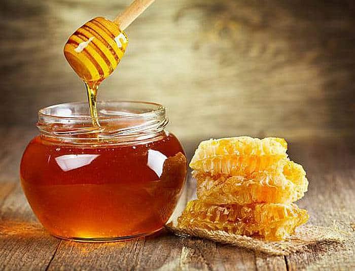 Pollo con salsa de miel y mostaza