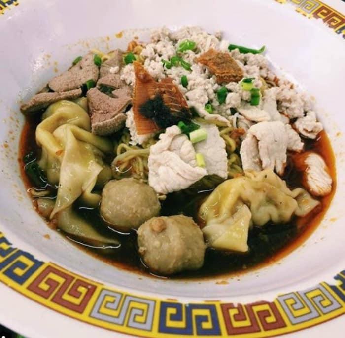 Tai Hwa Pork Noodle - estrella Michelin