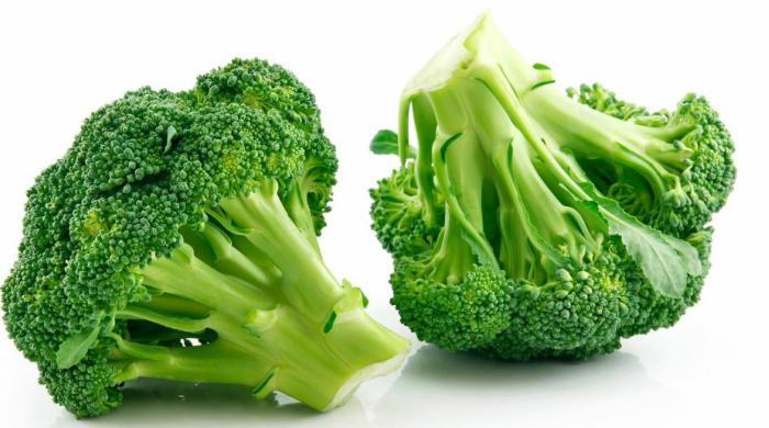 piezas de brócoli