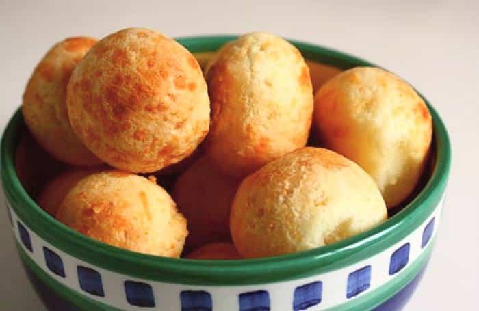 pan de queso -comida y platos tipicos de Brasil