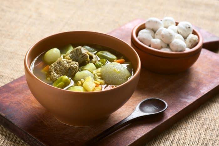 chairo -platos tipicos de bolivia