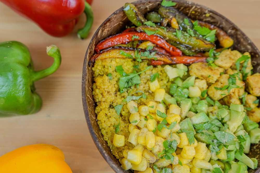 Bowl de Quinoa estilo burrito Mexicano