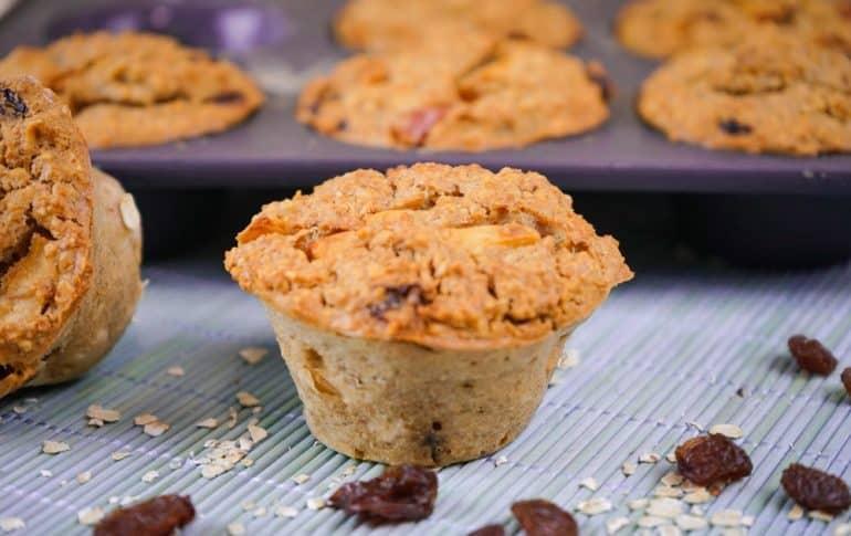 Magdalenas o Muffins saludables de Manzana y Avena