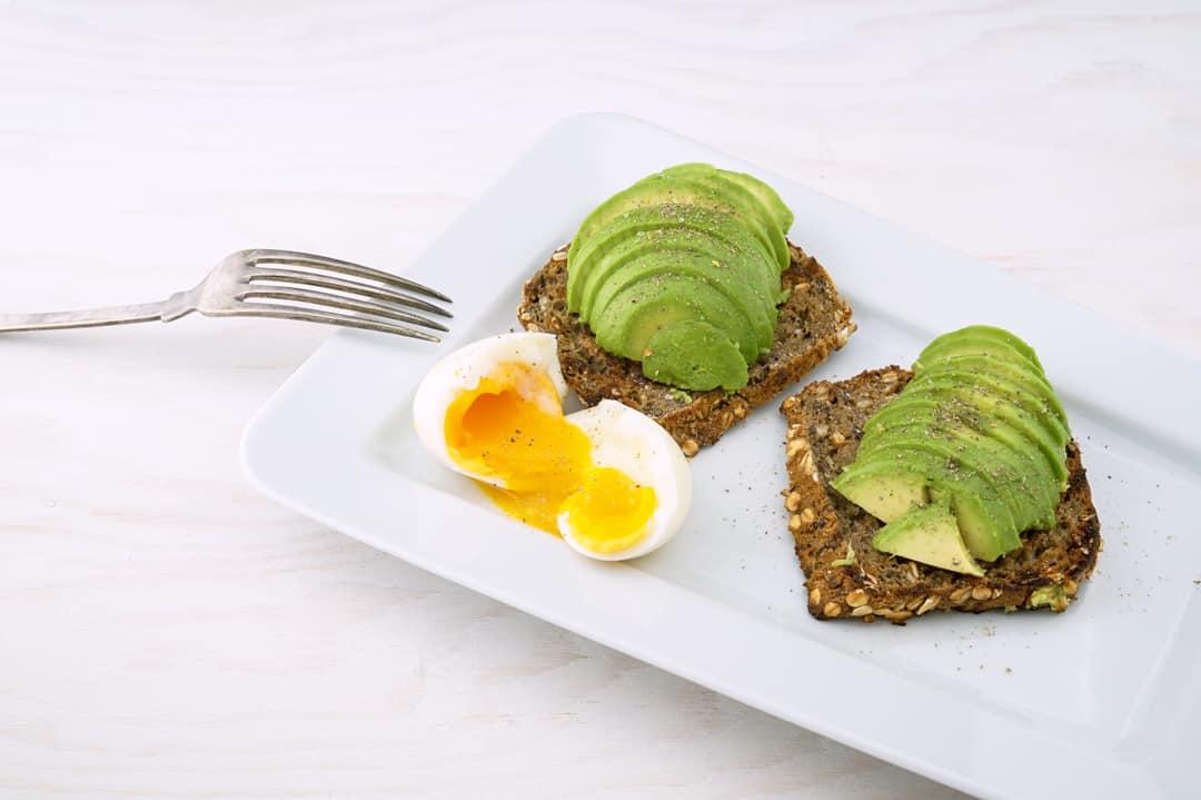 La importancia de un desayuno rico en proteinas